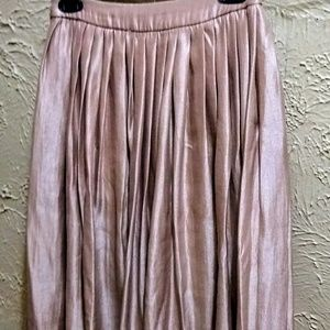 AKIRA Blush Pink Semi Pleated Midi Skirt (sz.s)